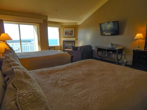 Pet Friendly Double Queen Suite Photo 3
